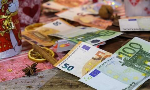 Κοινωνικό μέρισμα 2019: Το δικαιούμαι; Η αίτηση και οι παγίδες - Πώς θα πάρετε τα 700 ευρώ