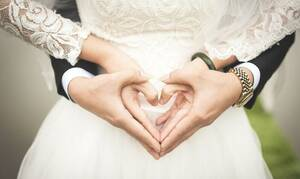 Χαμός σε γάμο: Η νύφη παράτησε το γαμπρό - Δείτε τι συνέβη