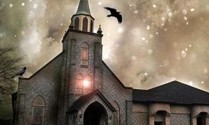 Φάντασμα καλόγριας έξω από εκκλησία; Δείτε το ανατριχιαστικό βίντεο