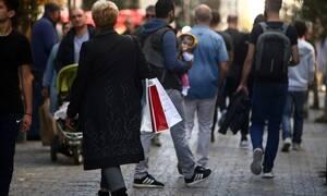 Εορταστικό ωράριο 2019: Ανοιχτά τα καταστήματα την Κυριακή (15/12) - Δείτε πώς θα λειτουργήσουν
