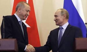 Bloomberg: Τουρκία και Ρωσία ετοιμάζουν συμφωνία για τη συμπαραγωγή πυραύλων