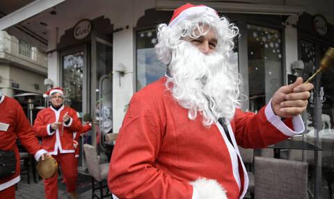 Εορταστικό ωράριο 2019: Τι ώρα κλείνουν σήμερα (15/12) καταστήματα και σούπερ μάρκετ