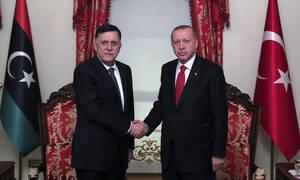 Τραβάει το σχοινί ο Ερντογάν: Στην τουρκική Βουλή η στρατιωτική συμφωνία με τη Λιβύη