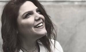 Η Δανάη Μπάρκα έχει φωνάρα κι αυτό το βίντεο θα την πήγαινε κατευθείαν στον τελικό του Voice
