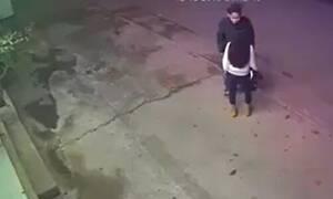 Απίστευτο: Τσακώνεται με την κοπέλα του – Αυτό που έκανε στη συνέχεια «πάγωσε» τους πάντες (pics)