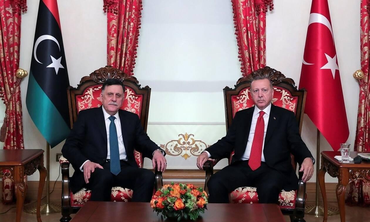 Αιφνίδια συνάντηση του Ερντογάν με τον πρωθυπουργό της Λιβύης