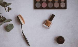 DIY: Φτιάξε μόνη σου βερνίκι νυχιών με την παλιά, ξεχασμένη σκιά σου