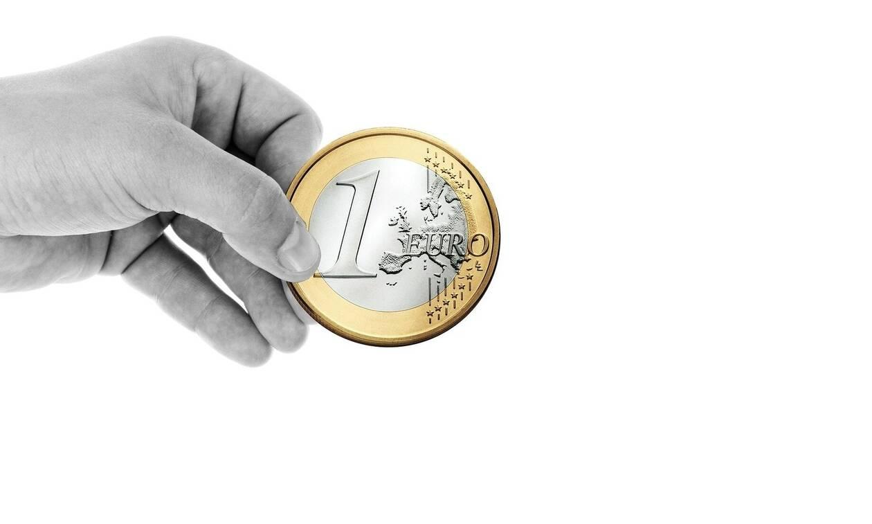 «Βόμβα» ΔΝΤ για την παραοικονομία: 1 στα 3 ευρώ κινείται... στη σκιά