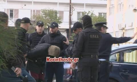 Άγιοι Θεόδωροι: Στον εισαγγελέα οι Ρομά που σκότωσαν την 73χρονη - Οργή στα δικαστήρια