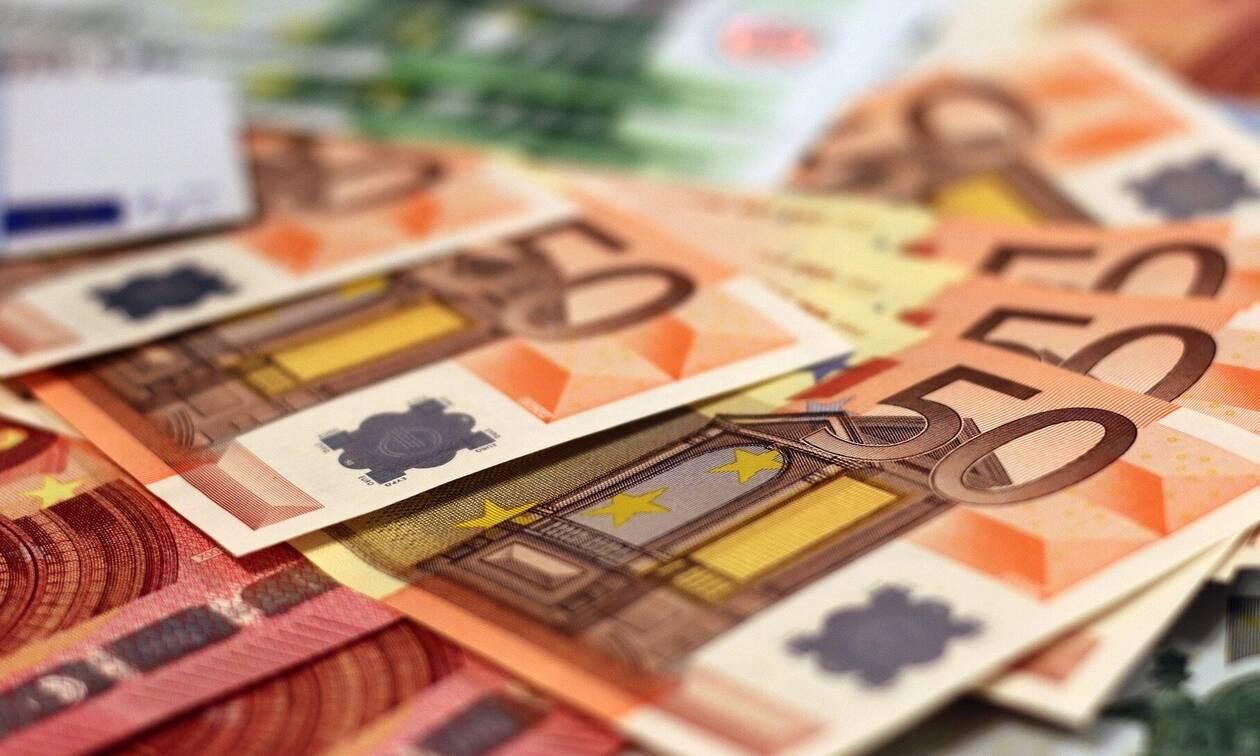 ΟΠΕΚΑ: Πληρώνει τα επιδόματα πριν τα Χριστούγεννα - Αναλυτικά οι ημερομηνίες