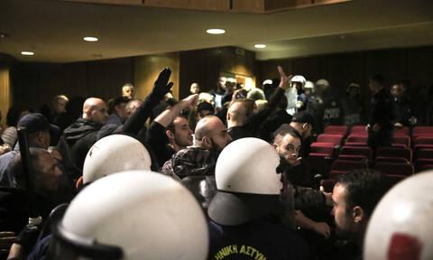 Δίκη Χρυσής Αυγής: Απαλλαγή όλων των πρώην βουλευτών της ΧΑ προτείνει η εισαγγελέας
