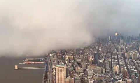 Απίθανο θέαμα: Χιονοθύελλα κάλυψε τη Νέα Υόρκη (vid)