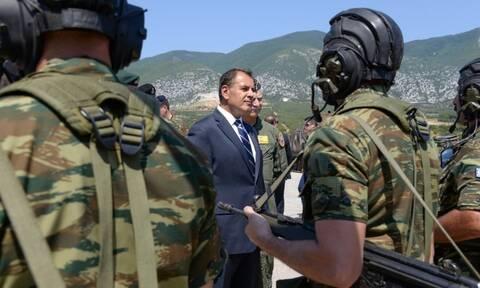 Δώρο Χριστουγέννων στις Ένοπλες Δυνάμεις: Έκτακτο επίδομα 120 ευρώ σε όλους τους στρατιωτικούς