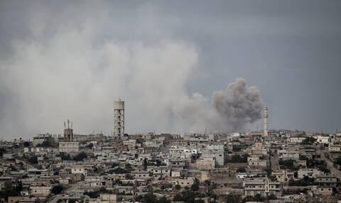 Συρία: Δέκα άμαχοι σκοτώθηκαν σε αεροπορικές επιδρομές στην Ιντλίμπ