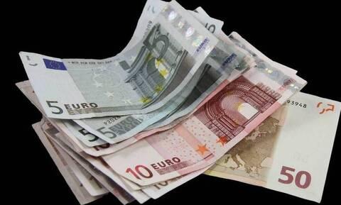 Εισφορά αλληλεγγύης: «Ανάσα» για εκατομμύρια φορολογούμενους -  Ποιοι κερδίζουν έως 150 ευρώ