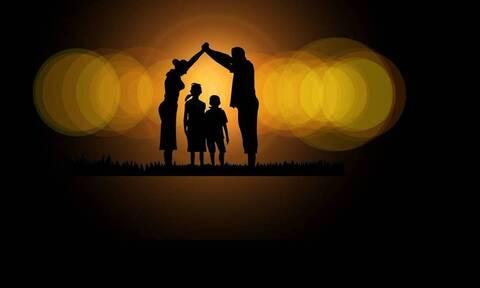 ΟΠΕΚΑ: Ανοίγει η πλατφόρμα για νέες αιτήσεις Α21 για το επίδομα παιδιού