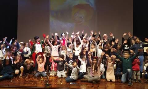DEMO ABEE: Και αυτά τα Χριστούγεννα δίπλα στα παιδιά