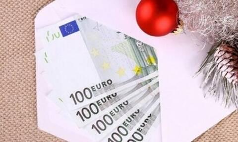 Πώς πληρώνονται όσοι εργαστούν στις γιορτές των Χριστουγέννων και της Πρωτοχρονιάς