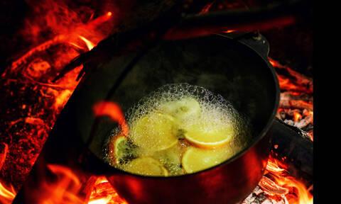 Φτιάξε το γιορτινό ζεστό κρασί με τον πιο light τρόπο
