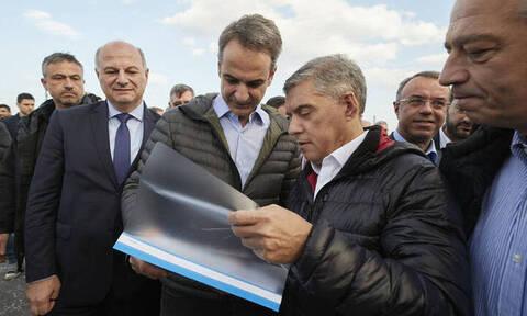 Ο Μητσοτάκης επιθεώρησε τις εργασίες του αυτοκινητοδρόμου Κεντρικής Ελλάδας Ε65