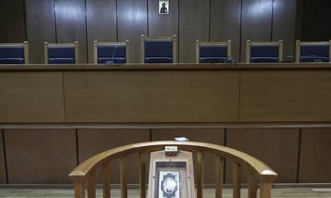 Χρυσή Αυγή - Παρέμβαση της Ένωσης Εισαγγελέων: Η κριτική να μην υπερβαίνει το μέτρο