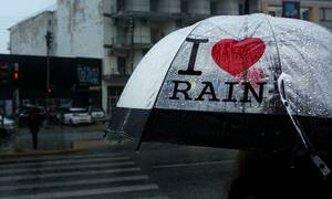 Έκτακτο δελτίο ΕΜΥ: Βροχές και καταιγίδες το Σαββατοκύριακο - Πού θα «χτυπήσουν» τα φαινόμενα