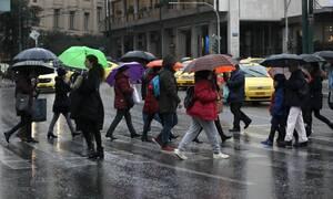 Αγριεύει σήμερα ο καιρός: Βροχές, καταιγίδες και χαλάζι - Πού «χτυπάει» η κακοκαιρία (Χάρτες)