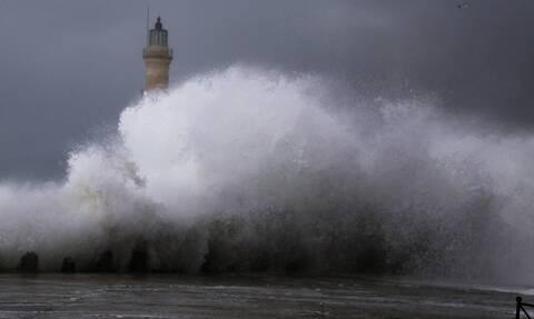 Καιρός ΤΩΡΑ: Προσοχή! Απαγορευτικό απόπλου για Ιόνιο - Καταιγίδες και χαλάζι τις επόμενες ώρες