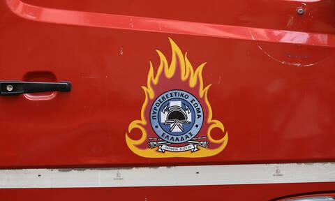 Κρήτη: «Συναγερμός» για φωτιές σε αυτοκίνητο και σπίτι