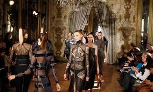 Θλίψη: Πέθανε ο δημοφιλής σχεδιαστής μόδας Εμανουέλ Ουνγκαρό (pics)