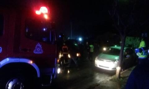 Τρίκαλα: Ντελαπάρισε αυτοκίνητο - Απεγκλωβισμός οδηγού