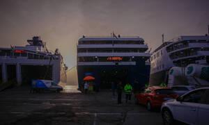 Κακοκαιρία: Προβλήματα στην Κρήτη - Απαγορευτικό απόπλου και ακυρώσεις πτήσεων