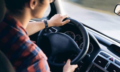 Δίπλωμα οδήγησης: Στο τιμόνι οι 17άρηδες