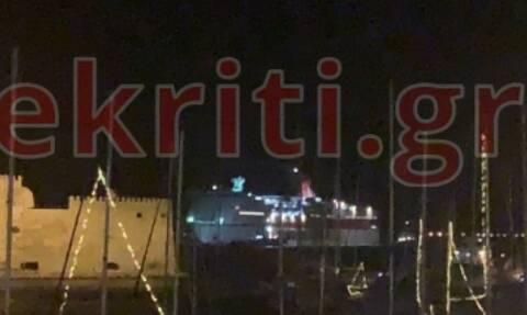 Κακοκαιρία: Τρόμος για εκατοντάδες επιβάτες του Φαιστός Παλλάς (pics - vid)
