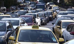 Κίνηση ΤΩΡΑ: Απίστευτο μποτιλιάρισμα στην Αθήνα – Ποιους δρόμους να αποφύγετε