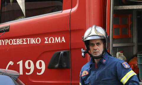 ΤΩΡΑ: Φωτιά στο Κερατσίνι (pics)