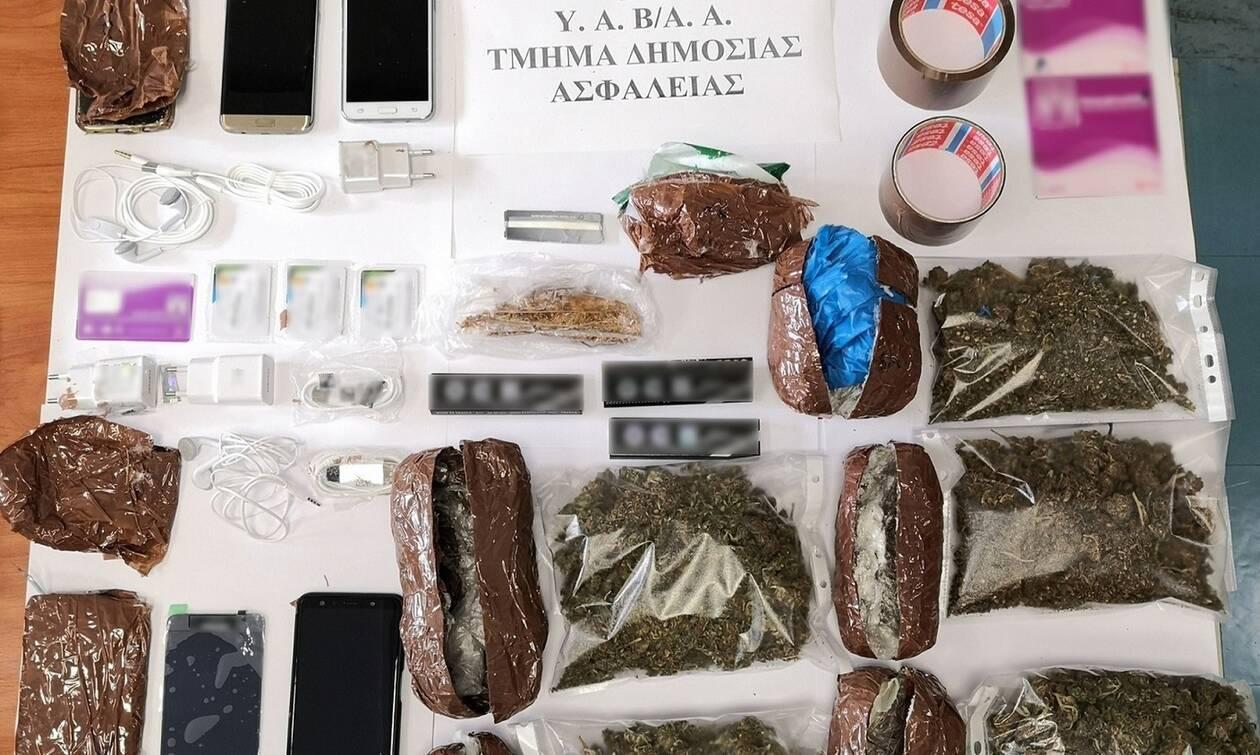 Φυλακές Αυλώνα: Συνελήφθη σωφρονιστικός υπάλληλος με ναρκωτικά και κινητά τηλέφωνα