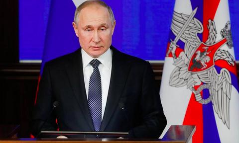 Путин назвал сволочью идеолога установки памятника Гитлеру в 1930-х за высылку евреев