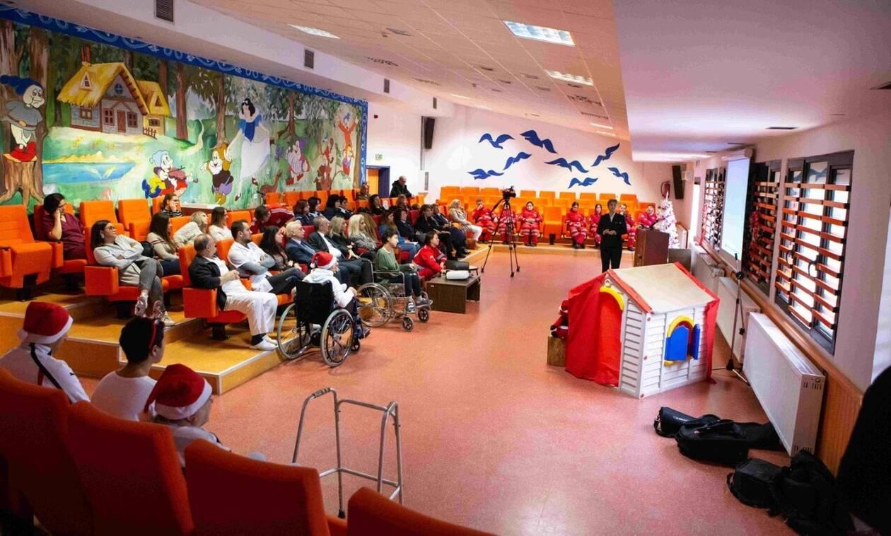 «προΣfΕΕρουμε»: Φάρμακα και παιχνίδια σε 43 άτομα με αναπηρίες στην Κομοτηνή