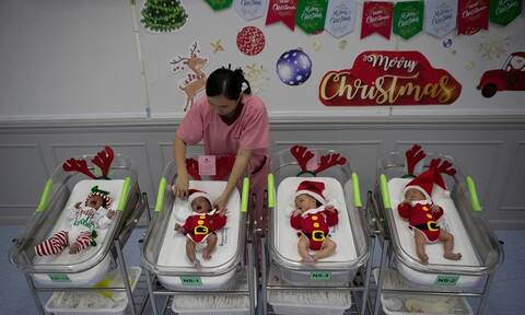 Χριστούγεννα: Τα σπανιότερα γενέθλια – Γιατί γεννιούνται λιγότερα μωρά από κάθε άλλη μέρα του χρόνου