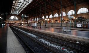 Γαλλία: Χριστούγεννα... σε απεργιακό κλίμα