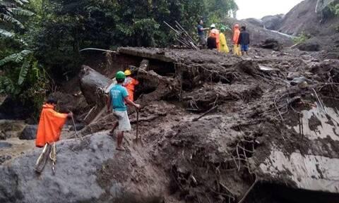 Φιλιππίνες: Τουλάχιστον 16 νεκροί από τον τυφώνα Φανφόν