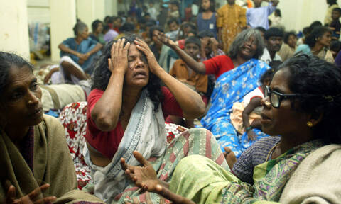 Δεκαπέντε χρόνια από το φονικό τσουνάμι στην Ινδονησία (photos+video)