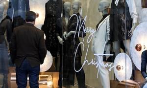 Εορταστικό ωράριο: Πώς θα λειτουργήσουν τα καταστήματα έως το τέλος του έτους