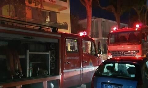 Φωτιά σε αποθήκη πολυκατοικίας στη Ρόδο (pics+vid)