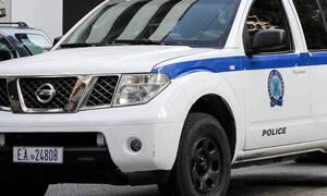 Επίθεση στα γραφεία της Χρυσής Αυγής: Φωτογραφίες-ντοκουμέντο από τα αυτοκίνητα των δραστών