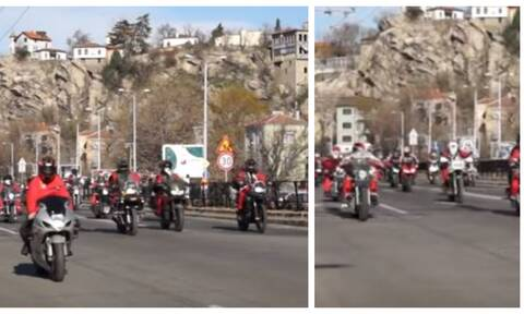 Βίντεο: Άγιοι Βασίληδες-easy riders πλημμύρισαν τους δρόμους της Βουλγαρίας και μοίρασαν δώρα