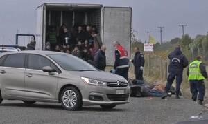 Κλείδωσαν πρόσφυγες σε φορτηγό-ψυγείο στη Λάρισα – Πώς τους εντόπισαν οι Αρχές