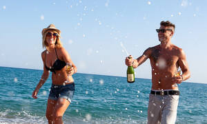 Σε ποια ελληνικά νησιά πηγαίνουν οι… άπιστες;