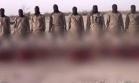 Βίντεο - σοκ με τη δολοφονία 11 χριστιανών έδωσε στη δημοσιότητα ο ISIS (pics)